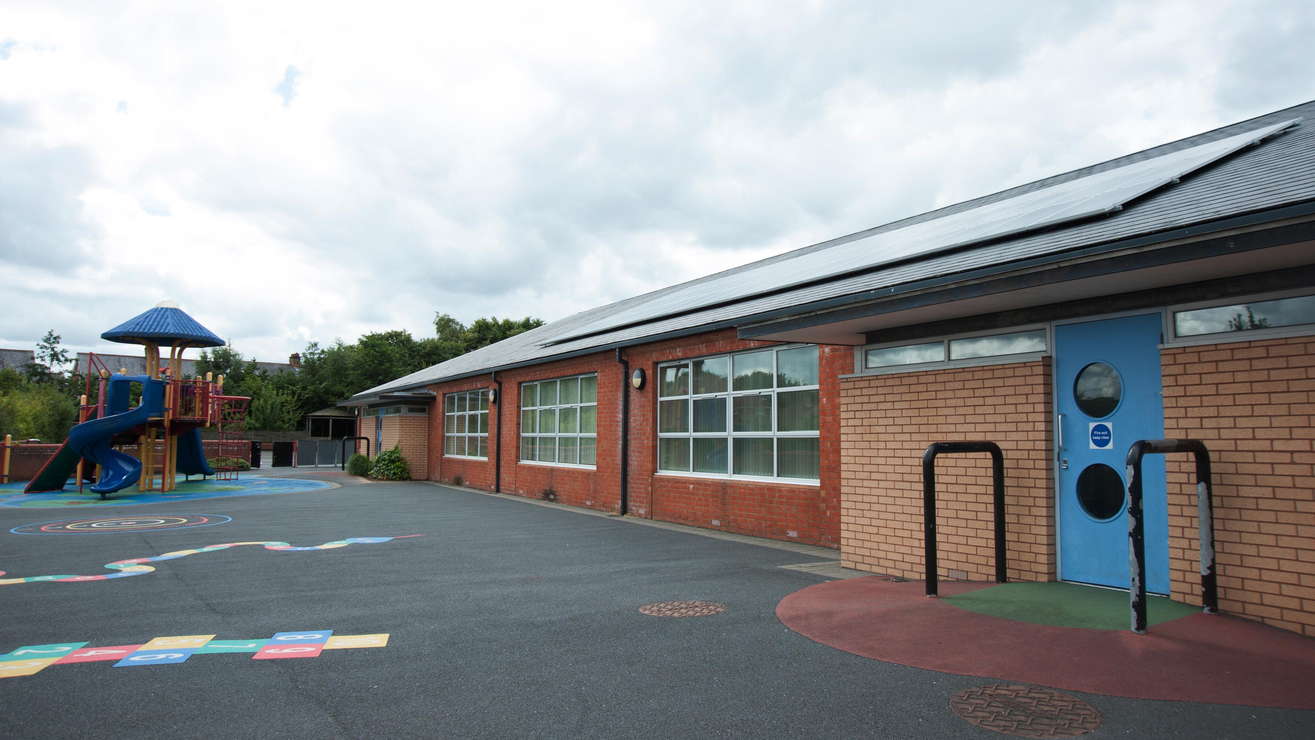 Lowwood Primary School, Belfast